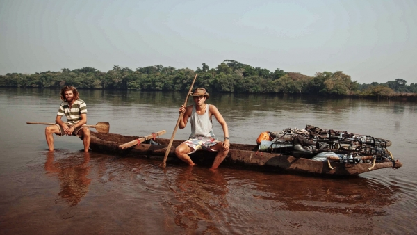 Crossing the Congo by Canoe: the Heart of Darkness?